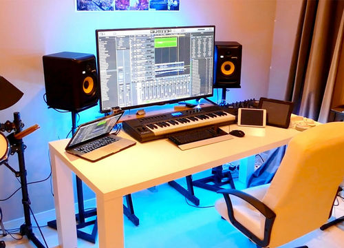How to build a home recording studio 290520 small